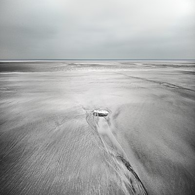 At the beach - p1137m1497591 by Yann Grancher