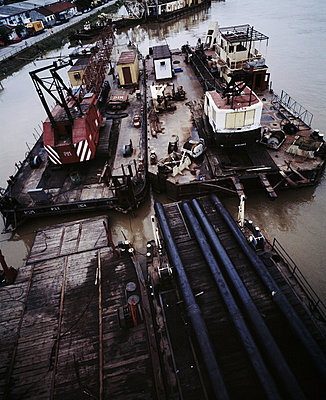 Alte Werft in Belgrad - p416m784556 von Johannes Kruse