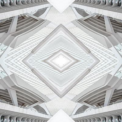 Abstract kaleidoscope pattern Liège-Guillemins station in Liège - p401m2209319 by Frank Baquet