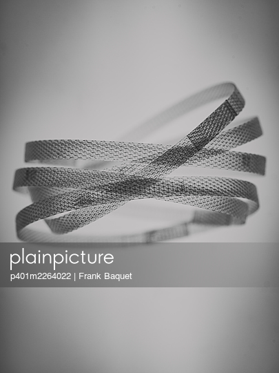 Plastic straps - p401m2264022 by Frank Baquet