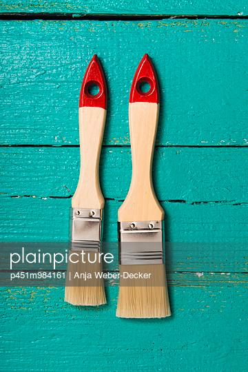 Zwei Pinsel - p451m984161 von Anja Weber-Decker