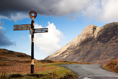 Road sign, Lake District, Cumbria, England, Europe - p4426619f by Design Pics