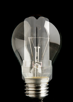 Energy saving lightbulbs - p586m972973 by Kniel Synnatzschke