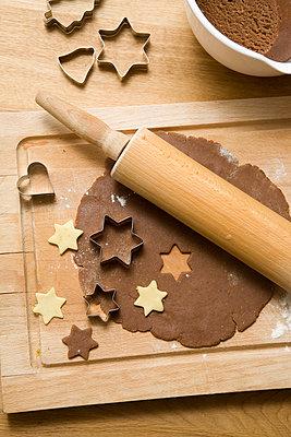 Weihnachtsplätzchen backen - p4540126 von Lubitz + Dorner
