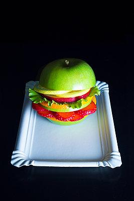 Veggie Burger - p1149m2089368 by Yvonne Röder
