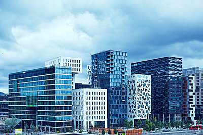 Modern skyscrapers - p312m1147605 by Johan Alp