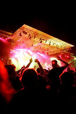 Live-Konzert auf dem Halderner Open Air Festival - p2280403 von photocake.de