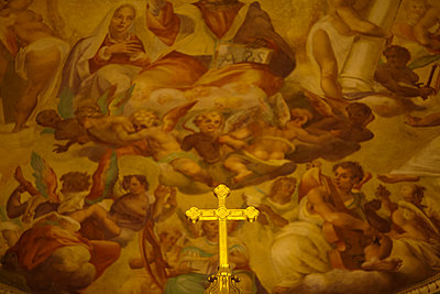 Cross with Fresco - p1490m1578291 by Michael Malyszko
