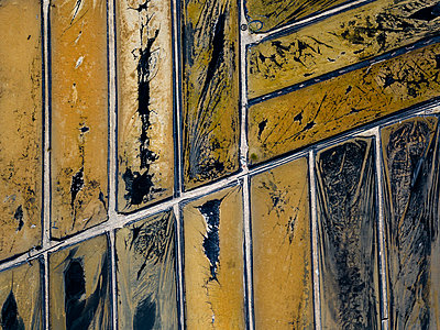 Aerial view of Salt plantations - p1166m2094397 by Cavan Images