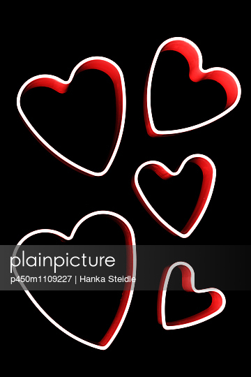 Heart cookie cutter - p450m1109227 by Hanka Steidle