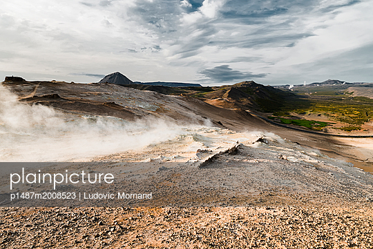 Life on Mars - p1487m2008523 by Ludovic Mornand