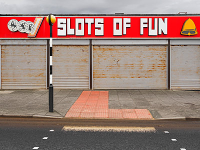 amusement arcade - p1280m1203189 by Dave Wall