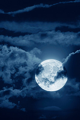 Full moon with clouds at night - p4424710f by Design Pics
