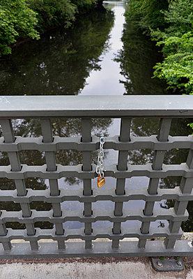 Love lock - p322m1019776 by Kimmo von Lüders