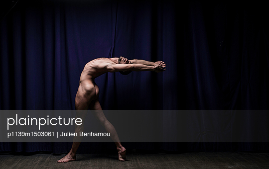 Naked male dancer - p1139m1503061 by Julien Benhamou