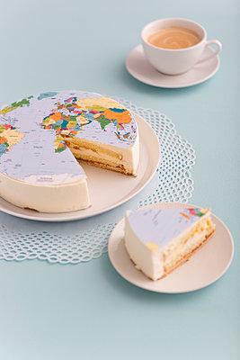 Globales Kaffeekränzchen - p454m1040994 von Lubitz + Dorner