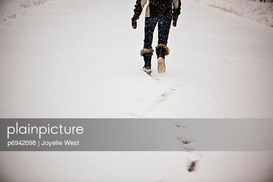 p6942098 von Joyelle West