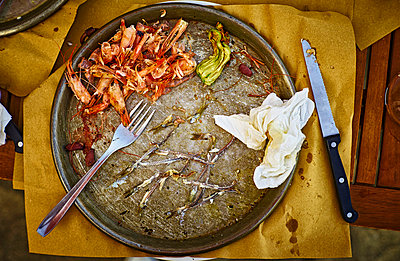 Leftovers of a fish dish Genoese - p300m1052936f by Dirk Kittelberger