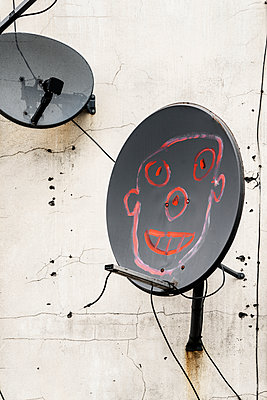 satellite Dish - p1280m1562072 by Dave Wall