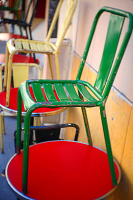 Parisian bar - p1654m2253694 by Alexis Bastin