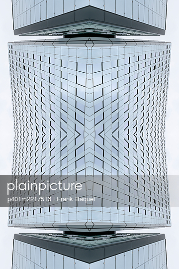 Abstraktes Architektur Kaleidoskop Köln - p401m2217513 von Frank Baquet