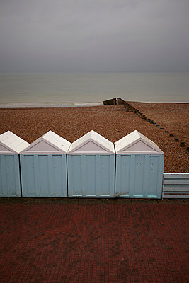 Eastbourne - p464m853418 by Elektrons 08