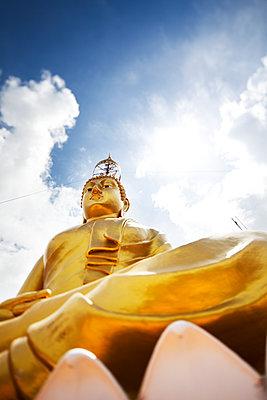 Buddha Statue auf dem Tiger Cave Temple in Thailand - p177m1502875 von Kirsten Nijhof