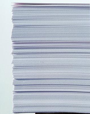 Papierstapel - p3050120 von Dirk Morla