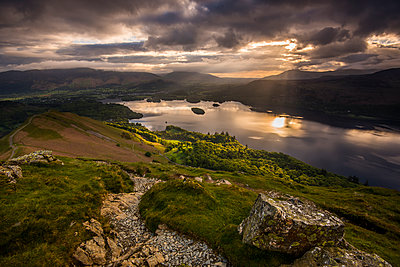 Sunrise over Derwentwater from the ridge leading to Catbells in the Lake District National Park, UNESCO World Heritage Site, Cumbria, England, United Kingdom, Europe - p871m1583783 by George Robertson