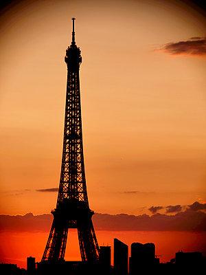 Paris, Eiffel Tower - p1654m2253701 by Alexis Bastin