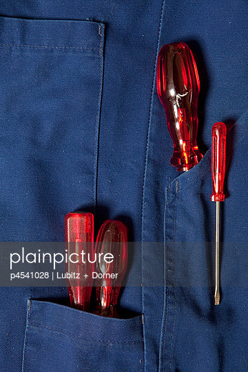 Rote Schraubenzieher - p4541028 von Lubitz + Dorner
