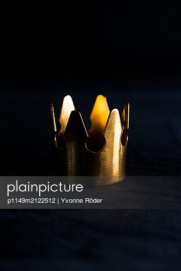 Crown - p1149m2122512 by Yvonne Röder