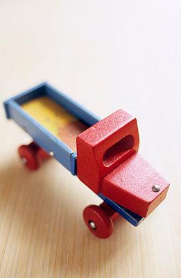 Holzauto - p3050008 von Dirk Morla
