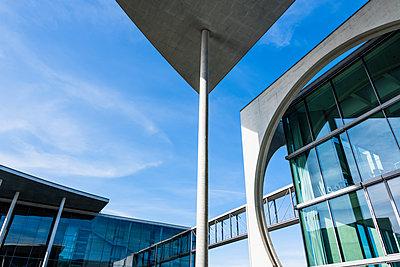 Moderne Architektur - p488m2026454 von Bias