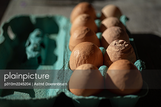 Eggs out of shape 1 - p310m2245204 by Astrid Doerenbruch