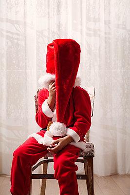 Little Santa - p784m2272964 by Henriette Hermann