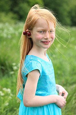 Blowing Hair - p045m1031191 by Jasmin Sander