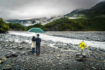 Besucher Franz Josef Gletscher - p1275m2005196 von cgimanufaktur