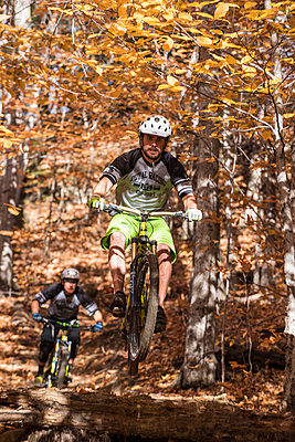 Autumn mountain biking in the WHite Mountains of New Hampshire. - p343m1168187 by Joe Klementovich