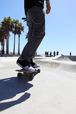 Skateboarder - p0452800 by Jasmin Sander