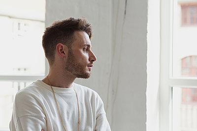 Portrait of young man - p1301m1582543 by Delia Baum