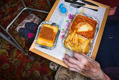 Elderly woman - p1057m1028505 by Stephen Shepherd