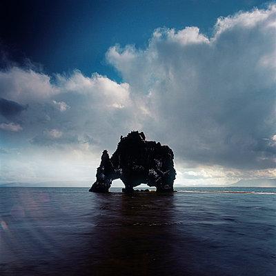 Hvítserkur; Iceland - p844m729016 by Markus Renner