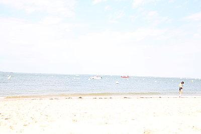 Arcachon beach - p1289m2089478 by Elisabeth Blanchet