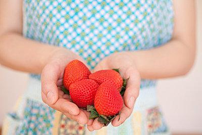 Frische Erdbeeren - p4630345 von Yo Oura