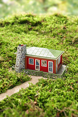 Detached house - p4640706 by Elektrons 08
