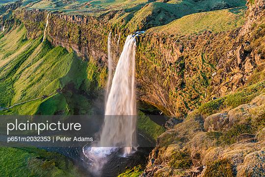 p651m2032353 von Peter Adams