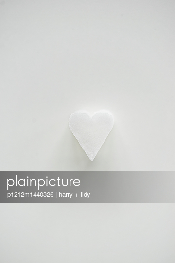 p1212m1440326 by harry + lidy