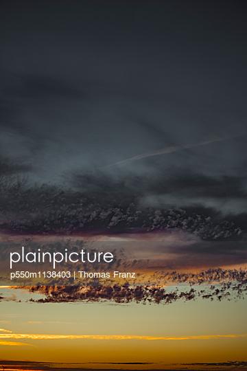 Wolkenhimmel - p550m1138403 von Thomas Franz
