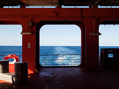 Ship stern - p930m2148400 by Ignatio Bravo